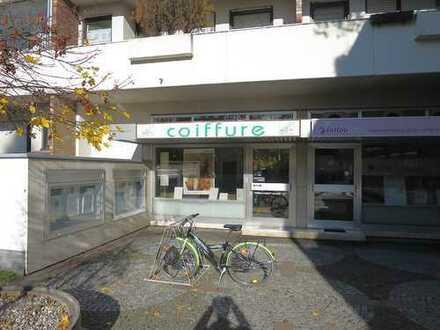 Gepflegter Friseurladen in Obermenzing/Verdistraße