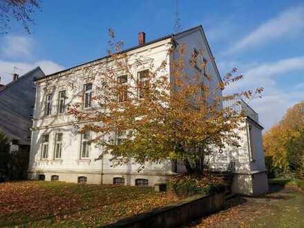 ERSTBEZUG! Renovierte 4,5 Zimmer Wohnung mit Balkon