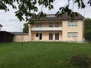 Schöne fünf Zimmer Wohnung in Mühldorf am Inn (Kreis), Jettenbach