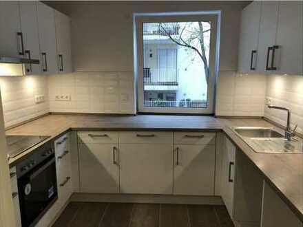 Exklusive 3-Zimmer-Hochparterre-Wohnung mit Balkon und EBK in bremen