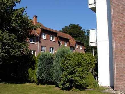 Kinderfreundliches Wohnen, 3,5-Zimmerwohnung mit sonnigem Süd-Westbalkon u. Tageslichtbad m. Fenster
