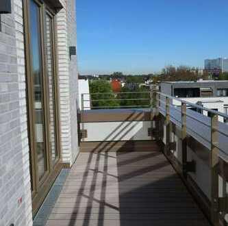 Erstbezug: Blick auf Hamburger Skyline bis zur Elphi im Komponistenviertel 4-Zi-Penthouse-Wohnung