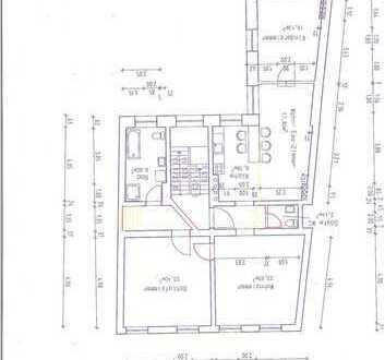 Renauvierungsbedürftige 3,5-Zimmer-Hochparterre-Wohnung in Bernau mit Garten