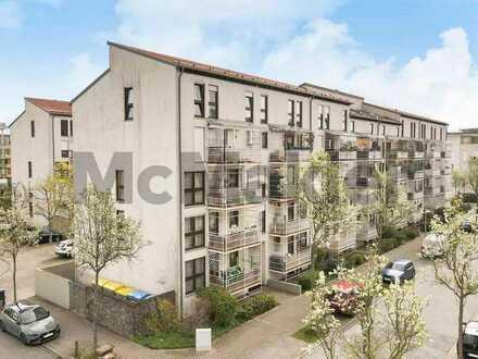 Lichtdurchflutete 2-Zi.-ETW mit modernem Wohnflair, Balkon und Stellplatz auf Erbbaugrundstück