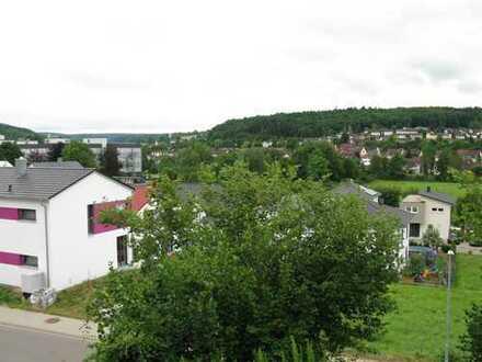 3-Zimmer-Wohnung mit Einbauküche in Königsbach, Südhang-Aussichtslage