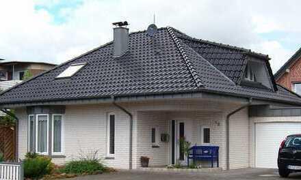 Repräsentatives Traumhaus mit großem Garten! von Privat!