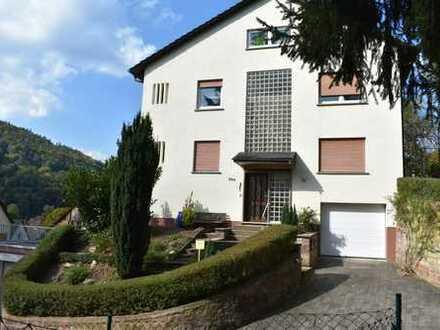 2-Familienhaus (freistehend) mit unverbautem Blick in Eichenbühl, Kreis Miltenberg