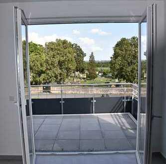 Erstbezug mit Balkon: ansprechende 4-Zimmer-Dachgeschosswohnung