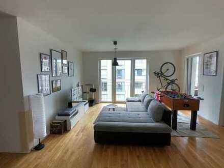 Geschmackvolle 3,5-Raum-Wohnung mit Balkon und EBK in Frankfurt am Main