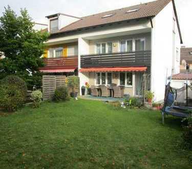 Doppelhaushälfte mit Terrasse, Garten und Garage
