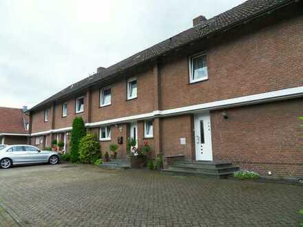 Anlageimmobilie: 4 Reihenhäuser mit 8 Wohnungen, ETG, 3 GA, Frommeyer Strasse 2- 8, 49584 Fürstenau