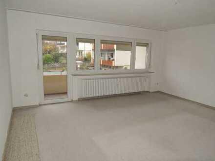 Großzügige Wohnung mit 2 Balkonen und herrlicher Aussicht