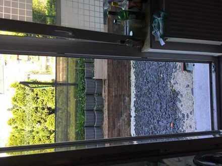 24qm Zimmer in entspannter 3er-WG mit Terrasse