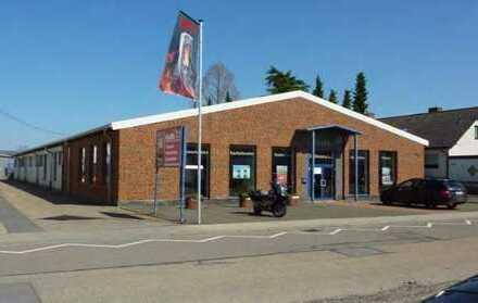 Großzügige Verkaufs-, Ausstellung-, Büro- und Lagerfläche