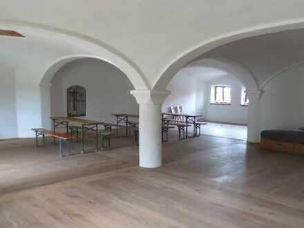 Repräsentatives Gewölbe mit exklusiver Ausstattung für Geschäftsräume fast zum Erstbezug