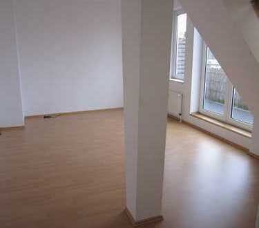 moderne 3RW,DG, großer Balkon im Zentrum von Gera