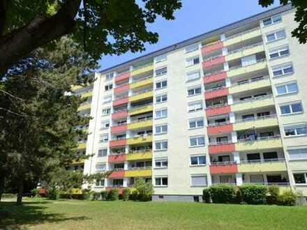 Renovierungsbedürftige 4-Zi.-Wohnung mit einzigartigem Ausblick in München - Hasenbergl