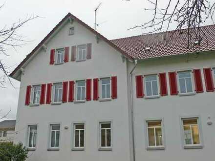 4-Zimmer-Altbau-Wohnung mit Flair