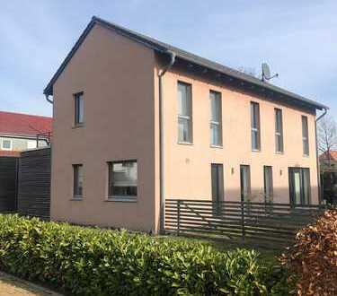 Luxuriöses, komplett ausgestattetes Einfamilienhaus mit fünf Zimmern in der Nordstadt, Wolfsburg