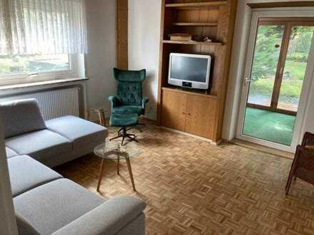 Möbliertes Zimmer(30qm)mit eigenem Südbalkon(220qm Wohnfläche auf 3 Stockwerken),900qm Garten,2 Küch