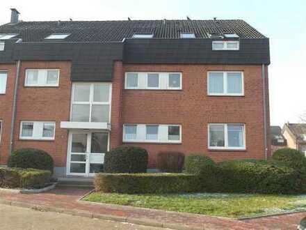 Neustadt in Holstein: moderne 3 Zimmer Wohnung in schöner Lage, Nähe Zentrum