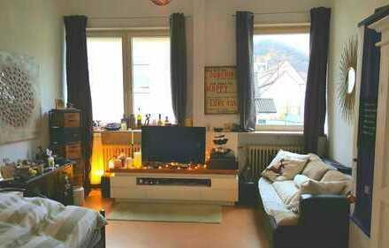 Großes, helles Zimmer für Katzenliebhaberin in Dossenheim
