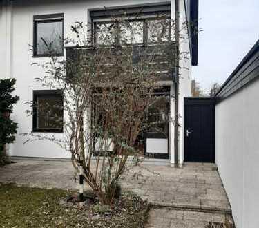 Helles Haus mit Garten und sechs Zimmern in München - Untermenzing