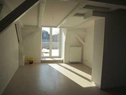 Gepflegte 4-Zimmer-DG-Wohnung mit Dachterrasse in Angermünde