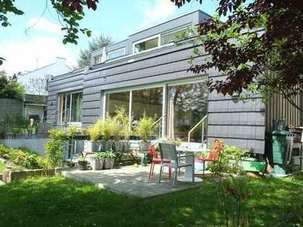 Wohnung über zwei Etagen mit Garten in Laurensberg
