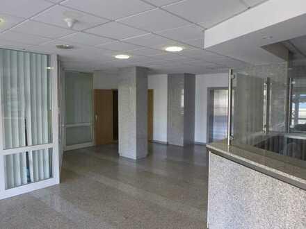 Attraktive Praxis - Arztpraxis - Büro - Fläche in Citylage von Finsterwalde!