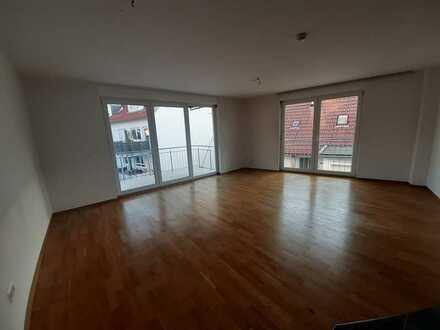 Schöne helle 3-Zimmer Wohnung in Stuttgart-Obertürkheim zu vermieten