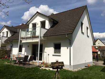 Doppelhaushälfte mit Garten, Garage und Stellplatz zwichen Nürnberg und Neumarkt in ruhiger Wohnlage