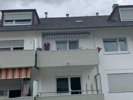 Schöne 3-ZKB-Wohnung mit 2 Balkonen