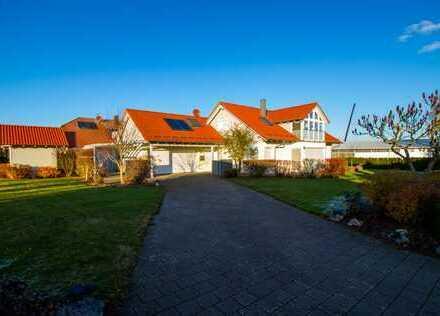 Gepflegtes Einfamilienhaus mit top Ausstattung und großem Garten