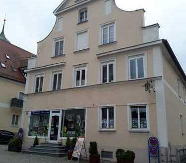 Schönes, geräumiges Haus mit 15 - Zimmern in Günzburg (Kreis), Burgau