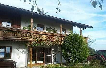 Schöne 4-Zimmer-Wohnung mit Balkon in Vogtareuth