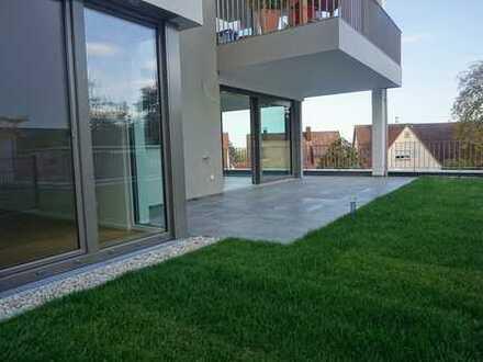 Neubau/Erstbezug mit Einbauküche und Terrasse: Exklusive 3-Zimmer-Erdgeschosswohnung in Filderstadt