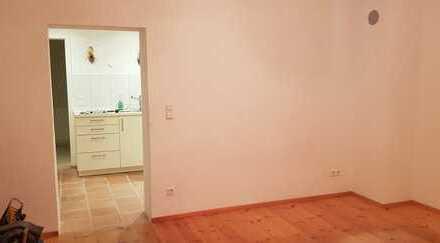 2-Zimmer-Wohnung mit Terasse und Einbauküche in Stuttgart-Büsnau