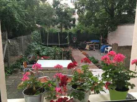 1 Zimmer-Apartment 30 qm mit Einbauküche & Bad - sofort verfügbar
