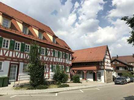 Wohnen mit Charme im gemütlichen Fachwerkhaus / 3 Etagen+Balkon+Garten+Keller+Garage+Provisionsfrei