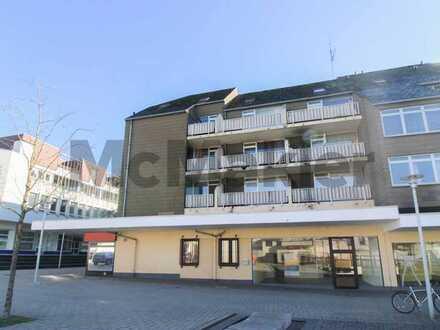 Wohnen oder vermieten an der Forbacher Passage: Gepflegte 2-Zi.-ETW mit 2 Balkonen