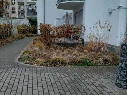 Stilvolle, gepflegte 4-Zimmer-Maisonette-Wohnung mit 2 Balkonen in Offenbach am Main
