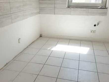 Vollständig renovierte 3-Zimmer-Wohnung mit Balkon in Kirn