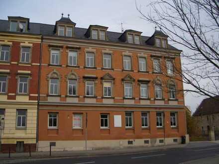 Ansprechende 1-Zimmer-Dachgeschosswohnung mit Küche in Radeberg