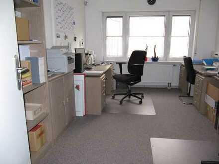 Büro mit 3 Räumen, ca. 57 qm im Erdgeschoß im Gewerbegebiet Altenfurt