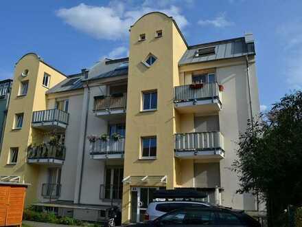 Etagenwohnung mit Balkon und Stellplatz in Lindenau
