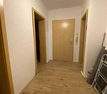 Geräumige, sanierte 2-Zimmer-Wohnung zur Miete in Bruchsal