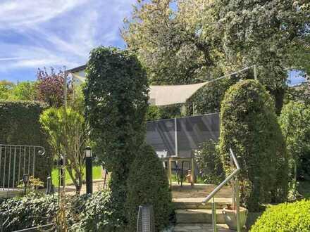 Stilvolles MFH mit gepflegtem Garten und bezugsfreier EG- und DG-Wohnung in Stuttgart-Birkach