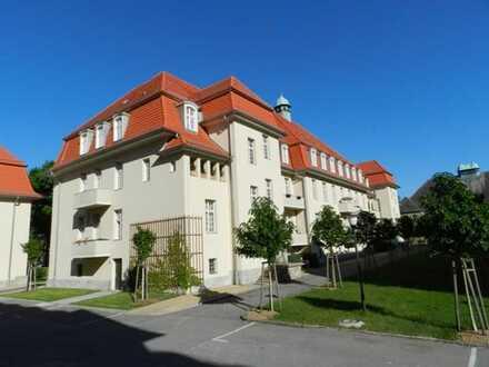 Historische 2-Zimmer-Wohnung mit Balkon im Ludwigpark Buch!!!!!