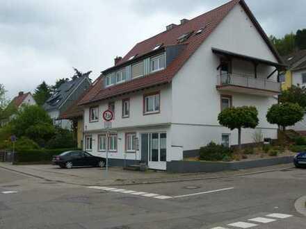 Repräsentative, großzügige Büro- /Praxisfläche in Annweiler am Trifels mit 5 Stellplätzen